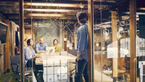 نحوه همکاری فریلنسرها، کارمندان و کارآفرینان در فضای کاری مشترک
